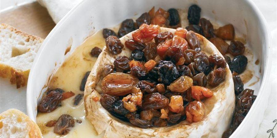 ... Camembert wheel (125g) with port soaked raisins & crisp bread thins